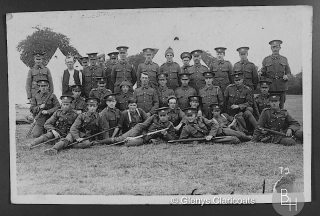 Pte. Cyril Barrand, 1st Leicestershire, (back row, 5th left) with Cpl. Harold Brewster, (back row, 1st left) | From the collection of Glenys Claricoats