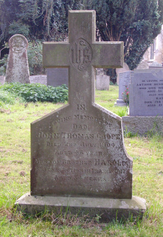 Grave stone of John Thomas Cooper and Harold Cooper, Bottesford. The inscription reads: