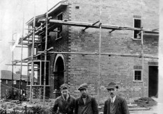 Builders - uncle Percy Allcorn in the middle