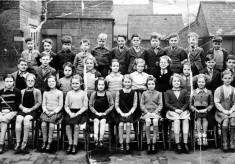 Bottesford School junior class photograph