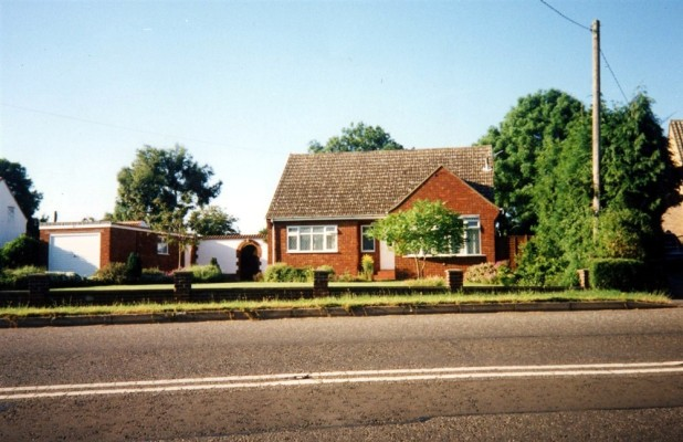 Snap shot of a modern house on Grantham Road on the site of the demolished Bunker Hill cottages