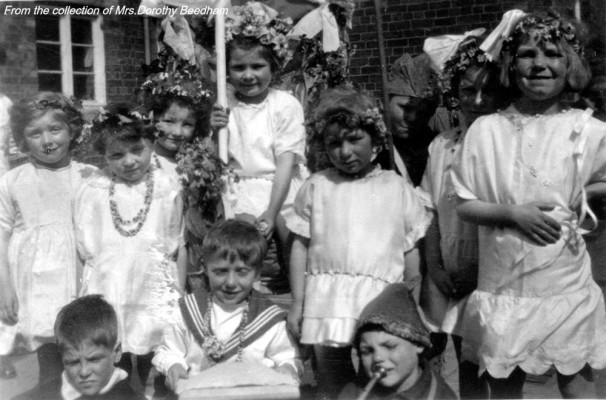 Children's May Day celebrations 2