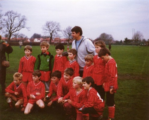 Colour photo juniors football team