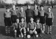 Juniors football team ca.1950