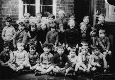 Bottesford infants class in school yard