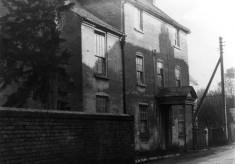 Singleton's farmhouse, Chapel St, copyright Ted Rayson