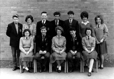 group picture of Bottesford High School senior pupils