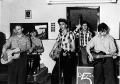 Bottesford lads skiffle band ca.1950 taken by Ted Rayson