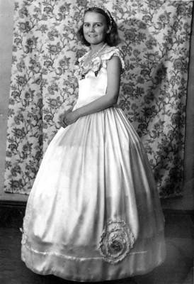 Miss Gina Topps as a bridesmaid