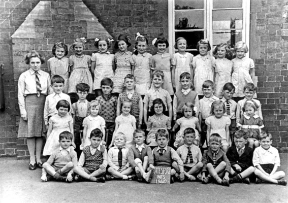 Bottesford primary school class in 1940
