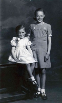 Portrait of Wendy and Gina Topps as girls