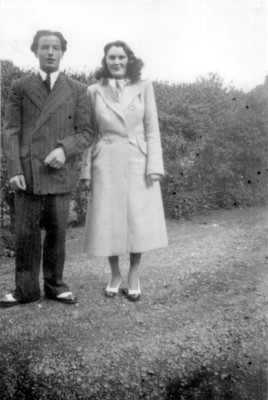 Dick and Iris Robinson after the end of the war