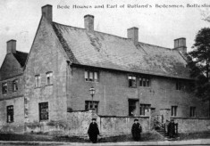 Bedemen in front of Rutland Hospital