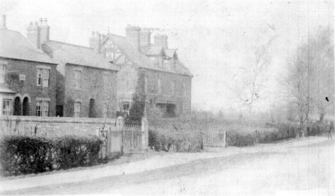 Old picture of houses on Belvoir Road