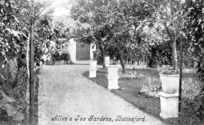 Postcard of Allen's Tea Gardens, Bottesford