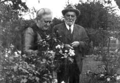 Grandparents enjoying the gardens