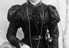 Portrait of Mrs Lilian Marsh as a young woman