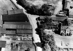 Aeriel view of Beckingthorpe Farm from the west