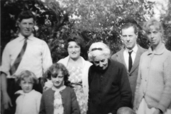 Marsh family group at The Elms 2