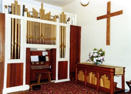 The old chapel organ - 2