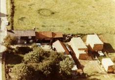 Aerial photograph of farm on Muston Lane, Easthorpe