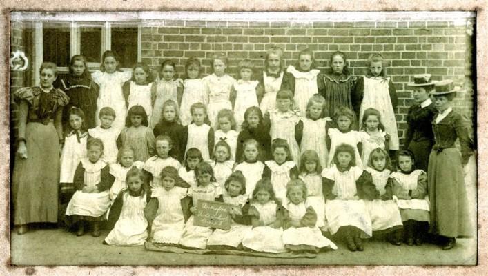 School photograph, ca.1900, of Bottesford Girls school