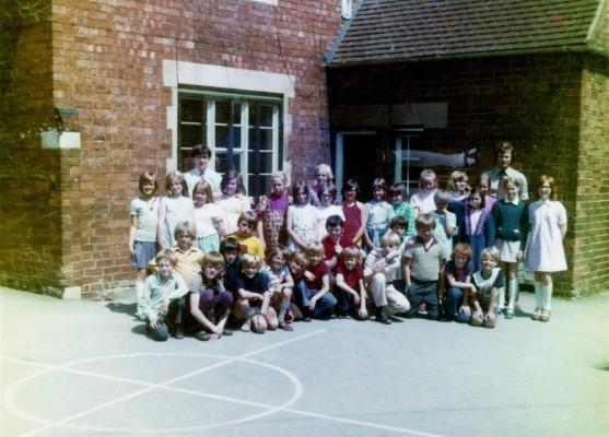 Juniors class of 1981 - 1