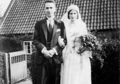 A Cyril and Adelisa Sybil Bradbury wedding picture