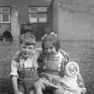 Derek Bradbury and Gillian Challands at Duke's Cottages.