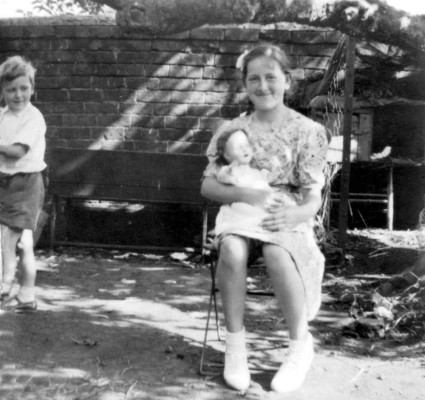 Bolland family album picture 37