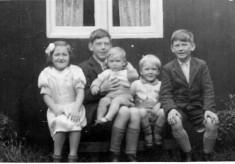 Bolland family album picture 43