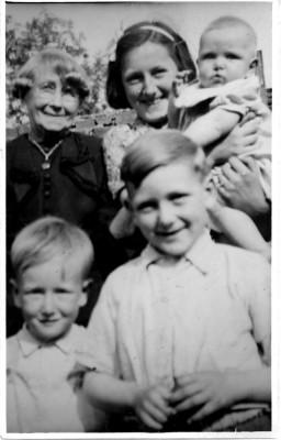 Bolland family album picture 86