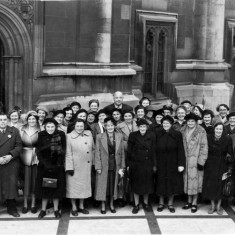Bottesford Mother's Union outing to Houses of Parliament, 1950s. | From the collection of Philip Sutton