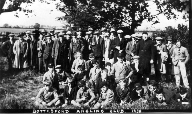 Bottesford Angling Club members in the field by Easthorpe (Muston Gorse) canal bridge, 1930.