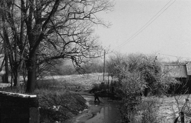 The river from Fleming's Bridge, under snow, before Wyggeston Road was built
