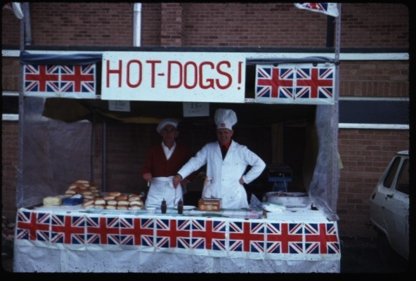 Jubilee Street Party 1977, the hot dog stall