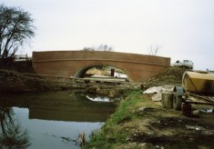 Rebuilding Muston Canal Bridge in 1988_6