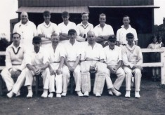 Jeff Donger's picture of the 1949 cricket team.