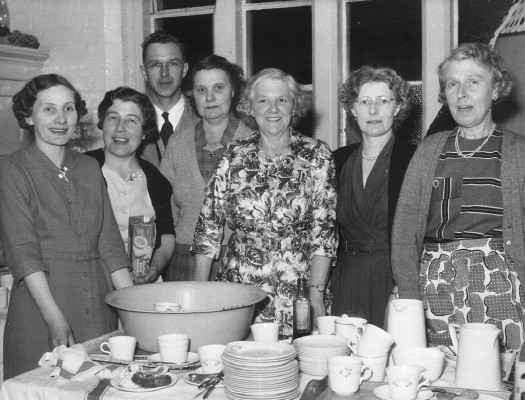 Mrs Tinkler, Mrs & Mr Pepper, Mrs Taylor, Winnie Coy, Mrs Bradbury and Lucy Challands. I think this was probably taken in the old school.