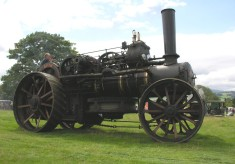 Steam engines: ploughing and threshing