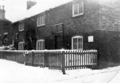 Life at the 'Six Bells' during the 2nd World War