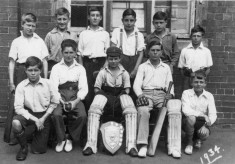 The Bottesford School Cricket Team of 1934