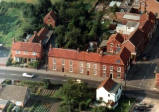 Late 1970s aerial view of No 13 and 11 in the foreground. The 'green lane' is visible to the right of the white cottage in the right hnd foreground.