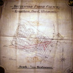Plan of the Grantham Road (Rampers) Allotments before the building of the new road 1923.