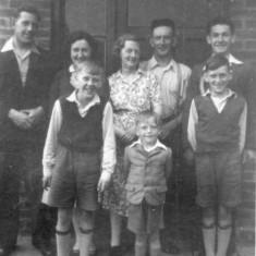 Bolland family (c1955) North Crescent. Back row Jeff,Jean,Rhoda (mum),Joe (dad),George. Front row Ray,Tony and Ken.