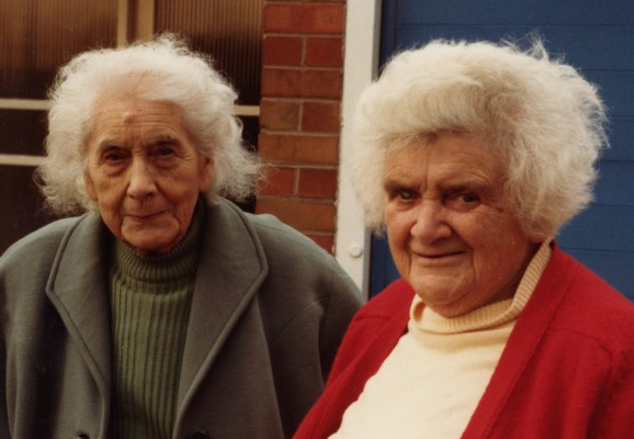 photo of two viage ladies who ran a small groceries shop on the corner of Queen Street and Chapel Street, Bottesford