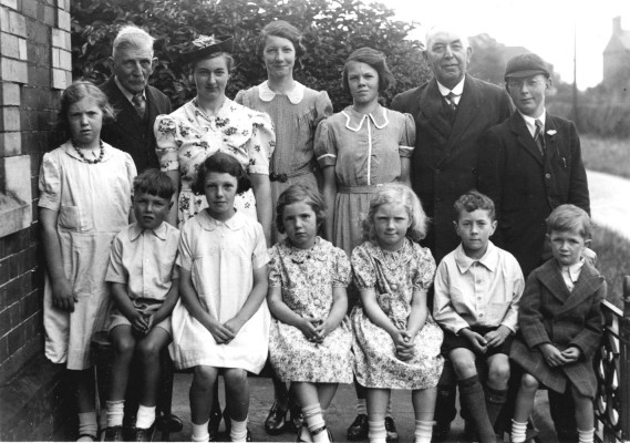 Children and teacher by the Methodist Chapel in Muston, c.1953 | Contributed by Mr Melvin Bradbury