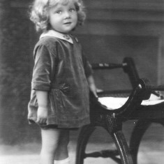 My great uncle Cyril Coy's daughter Barbara (1925-1994). She had a sister Sheila, born in 1933.