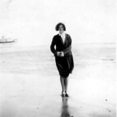Rhoda (mum) on honeymoon at Skegness (1932)