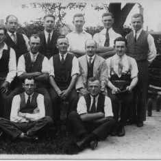 Skittle team - Joe Wilkinson (dad) middle row on right hand side | Mrs Anne Hewitt, Bottesford Local History Archive